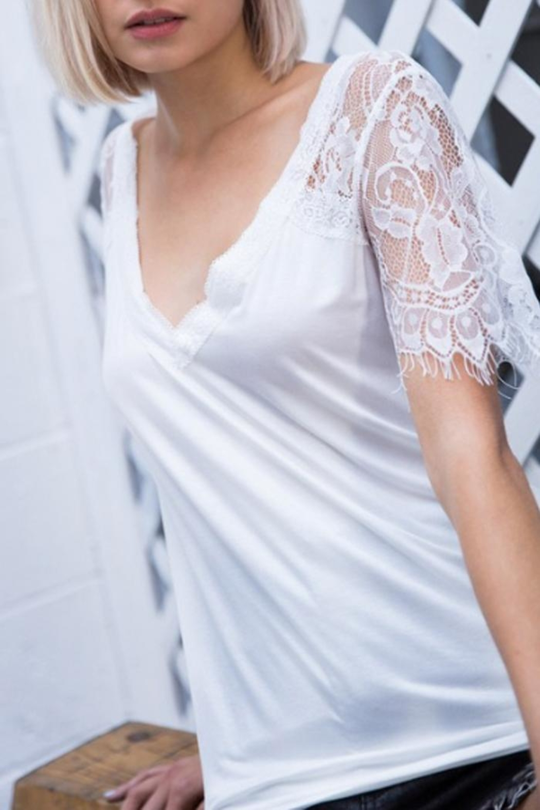 POL Lace Sleeve V-Neck - Front Full Image