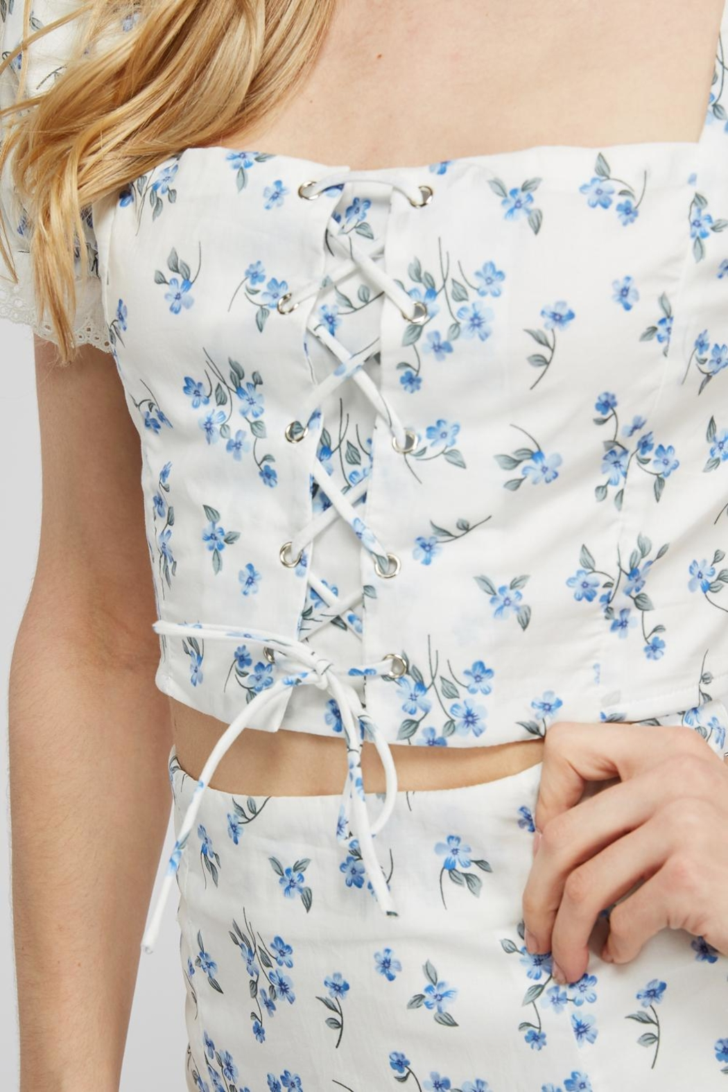 Emory Park Lace-Up Floral Top - Back Cropped Image