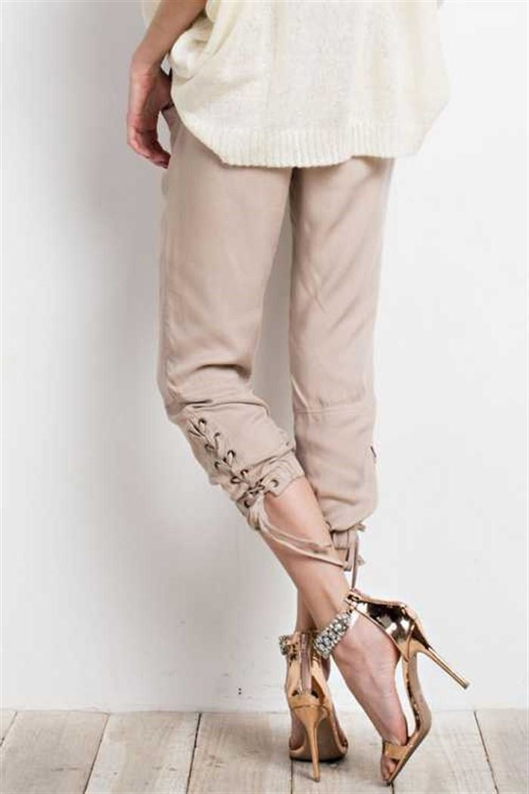 easel Lace Up Joggers - Side Cropped Image