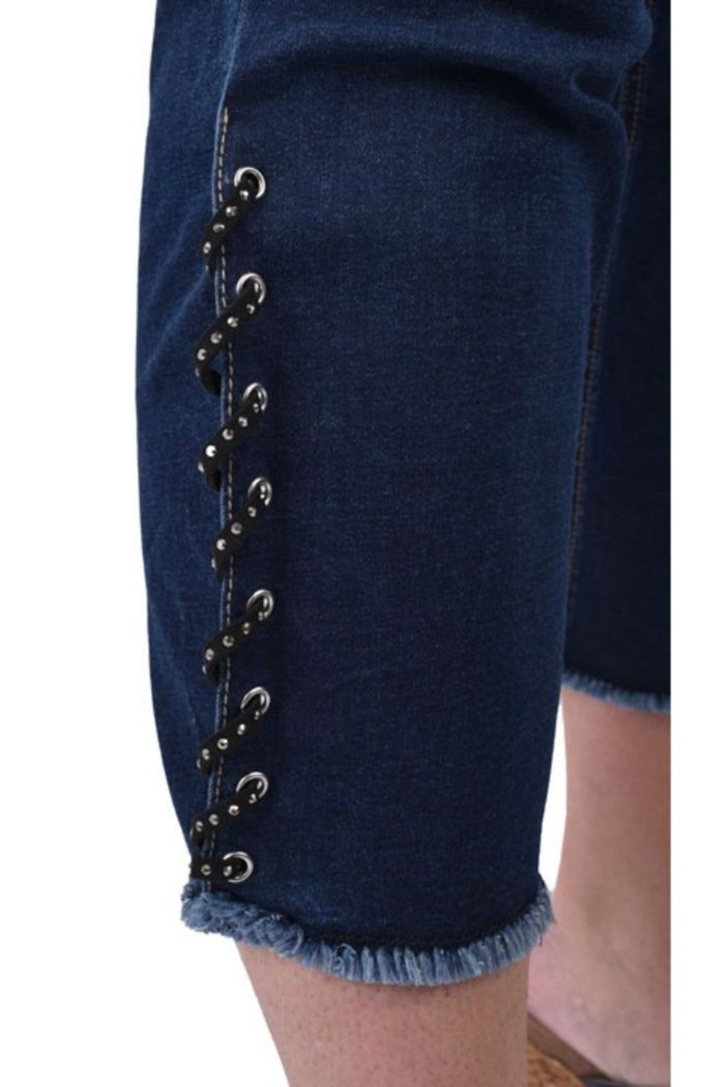 Ethyl Laced Ankle Capri - Side Cropped Image