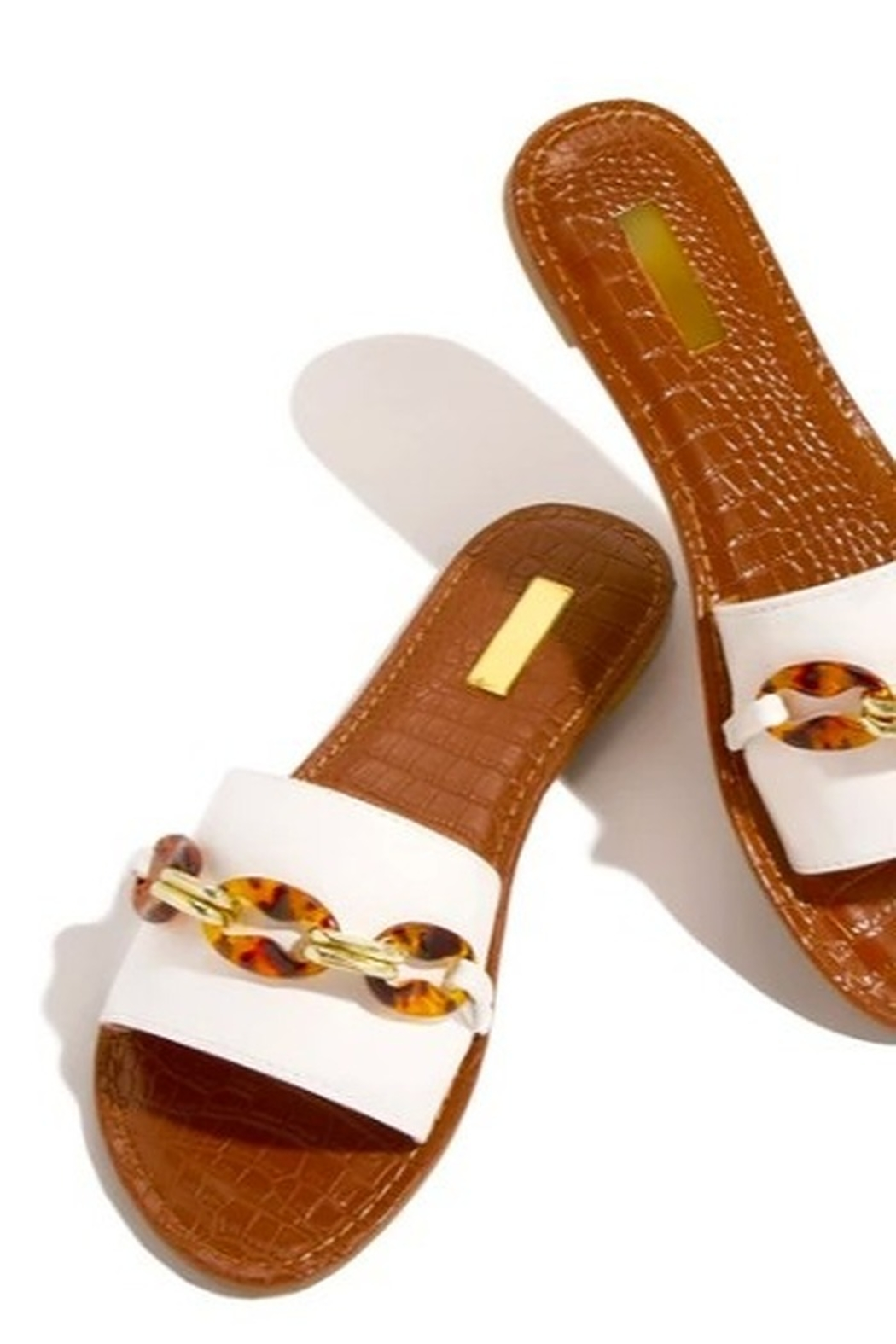 INSIGNIA Lady Sandals - Front Full Image