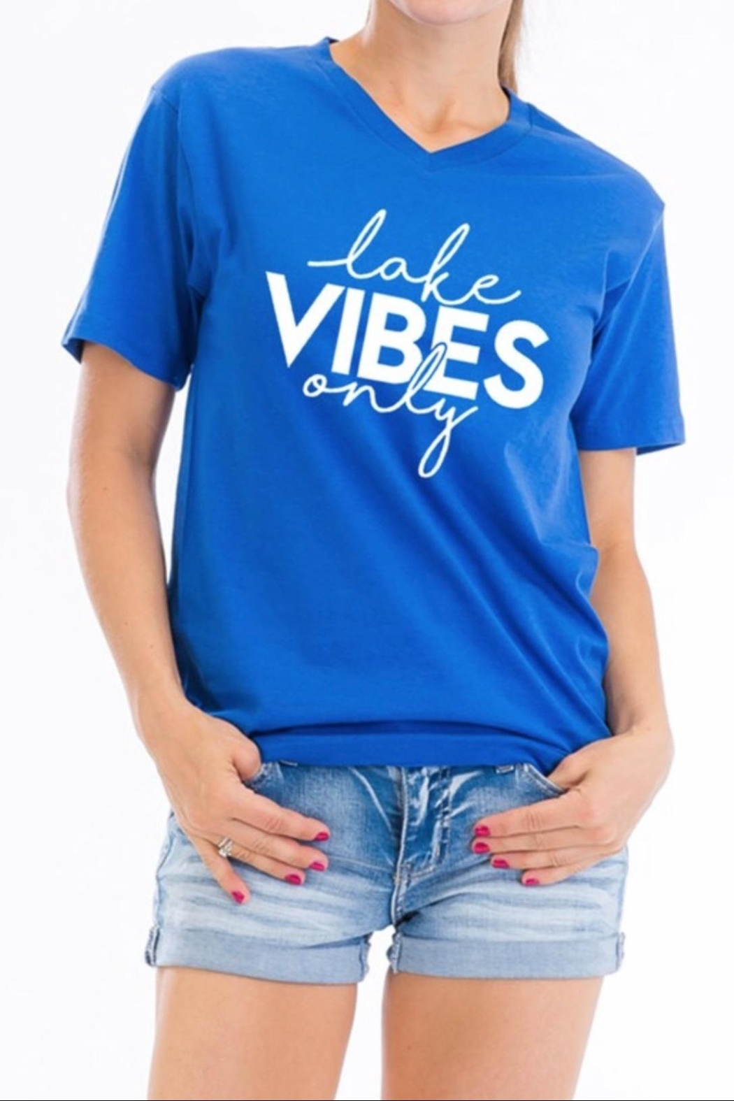 Carmelo Trend Lake Vibes Tee - Front Cropped Image
