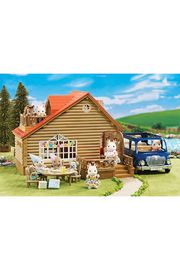 Calico Critters Lakeside Lodge Gift Set - Front full body