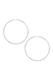 Riah Fashion Large Hoop Earrings - Front cropped