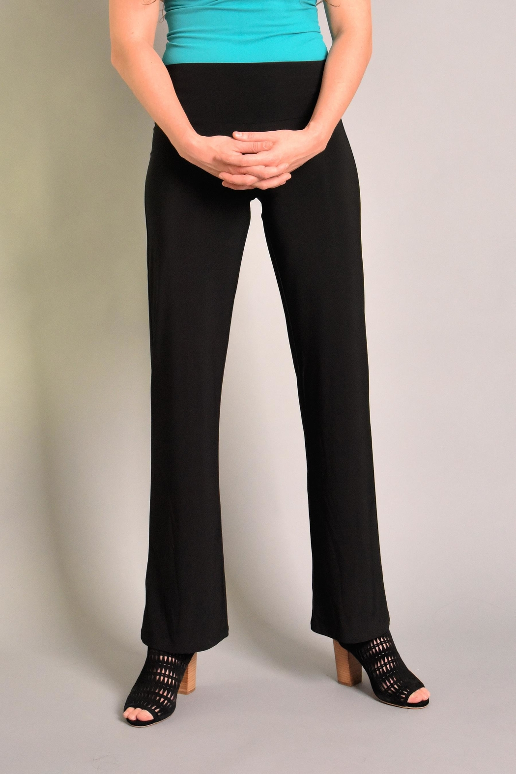 Last Tango Straight Leg Pant - Front Cropped Image