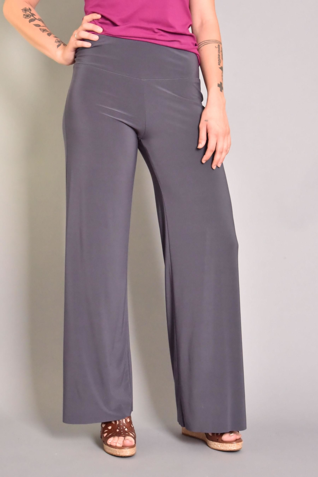 Last Tango Wide Leg Pant - Front Cropped Image