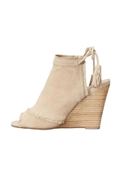 Chinese Laundry Latakia Wedge Sandal - Product Mini Image