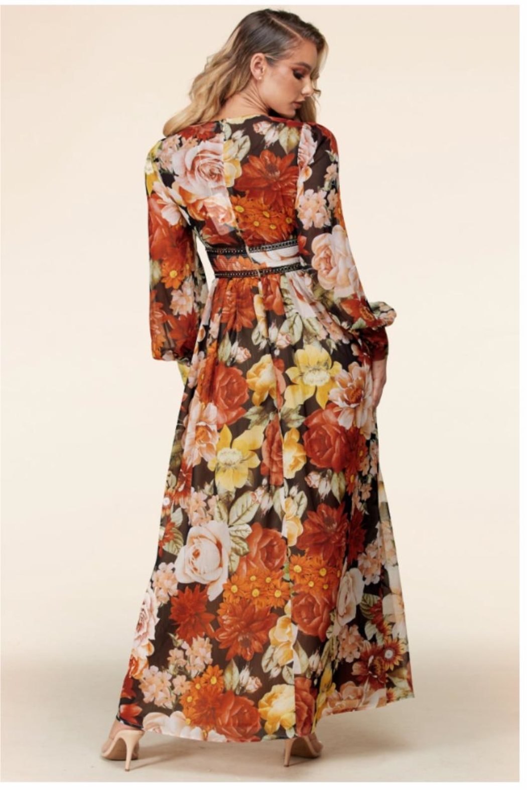 Latiste Floral Maxi Dress - Side Cropped Image