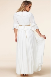 Latiste White Maxi Dress - Side cropped