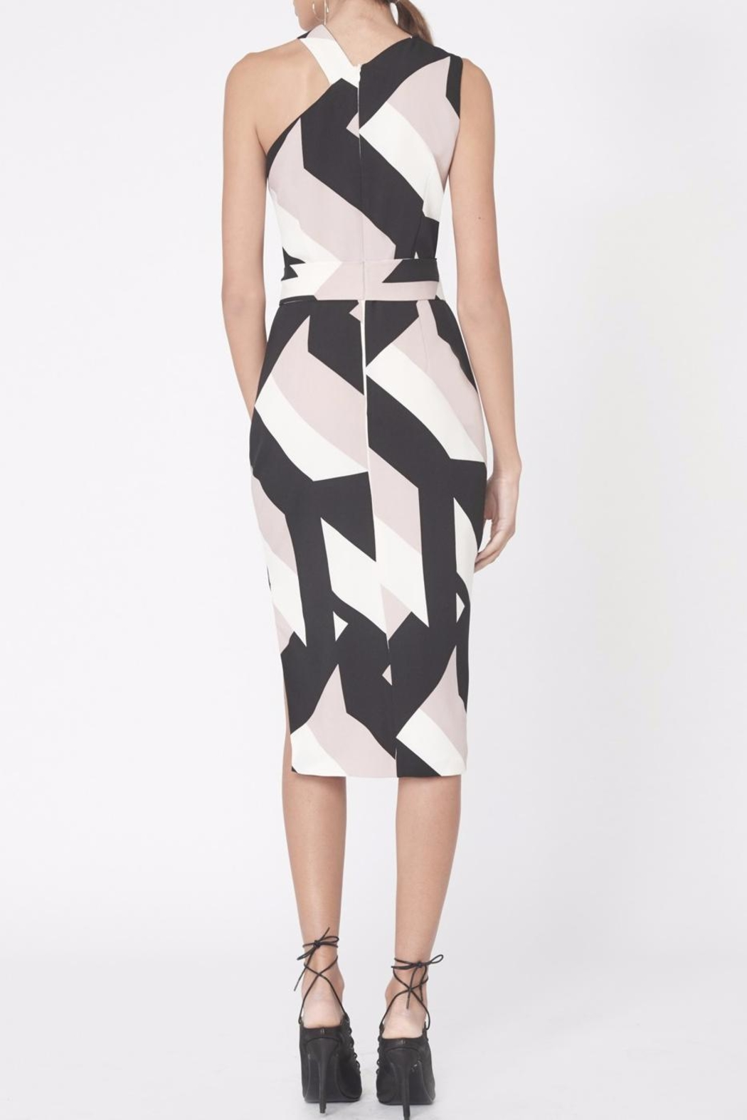 LAVISH ALICE Abstract Print Asymmetric Dress - Back Cropped Image