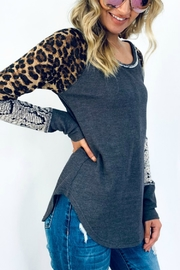 And the Why LAZY LEOPARD - Front full body