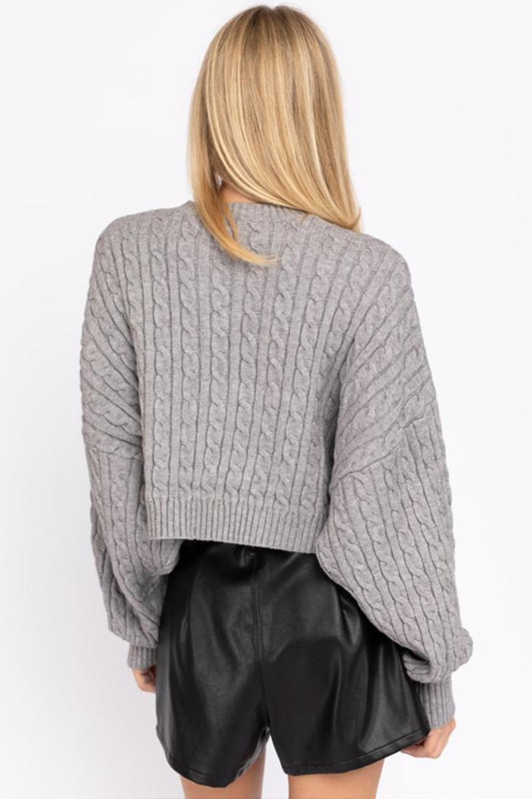 Le Lis Cable Knit Sweater - Back Cropped Image