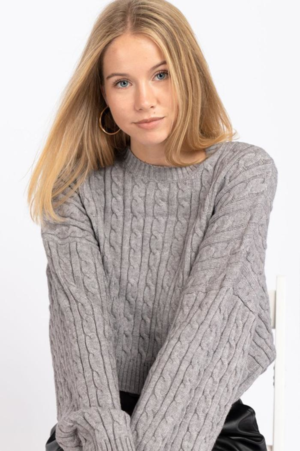 Le Lis Cable Knit Sweater - Front Full Image