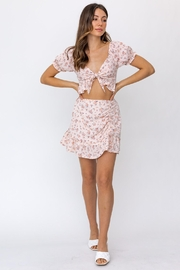 Le Lis Front Tie Floral Top - Side cropped