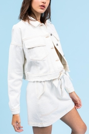 Le Lis In The Clouds-Jacket - Side cropped
