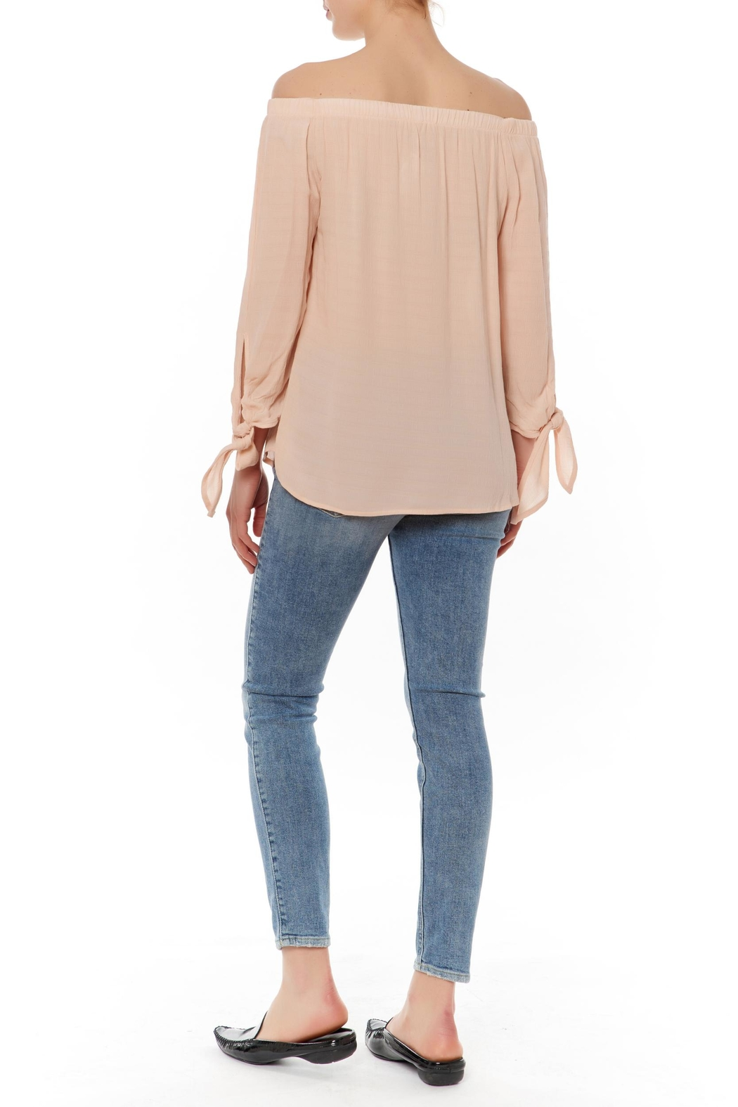Le Lis Off Shoulder Tie Top - Front Full Image