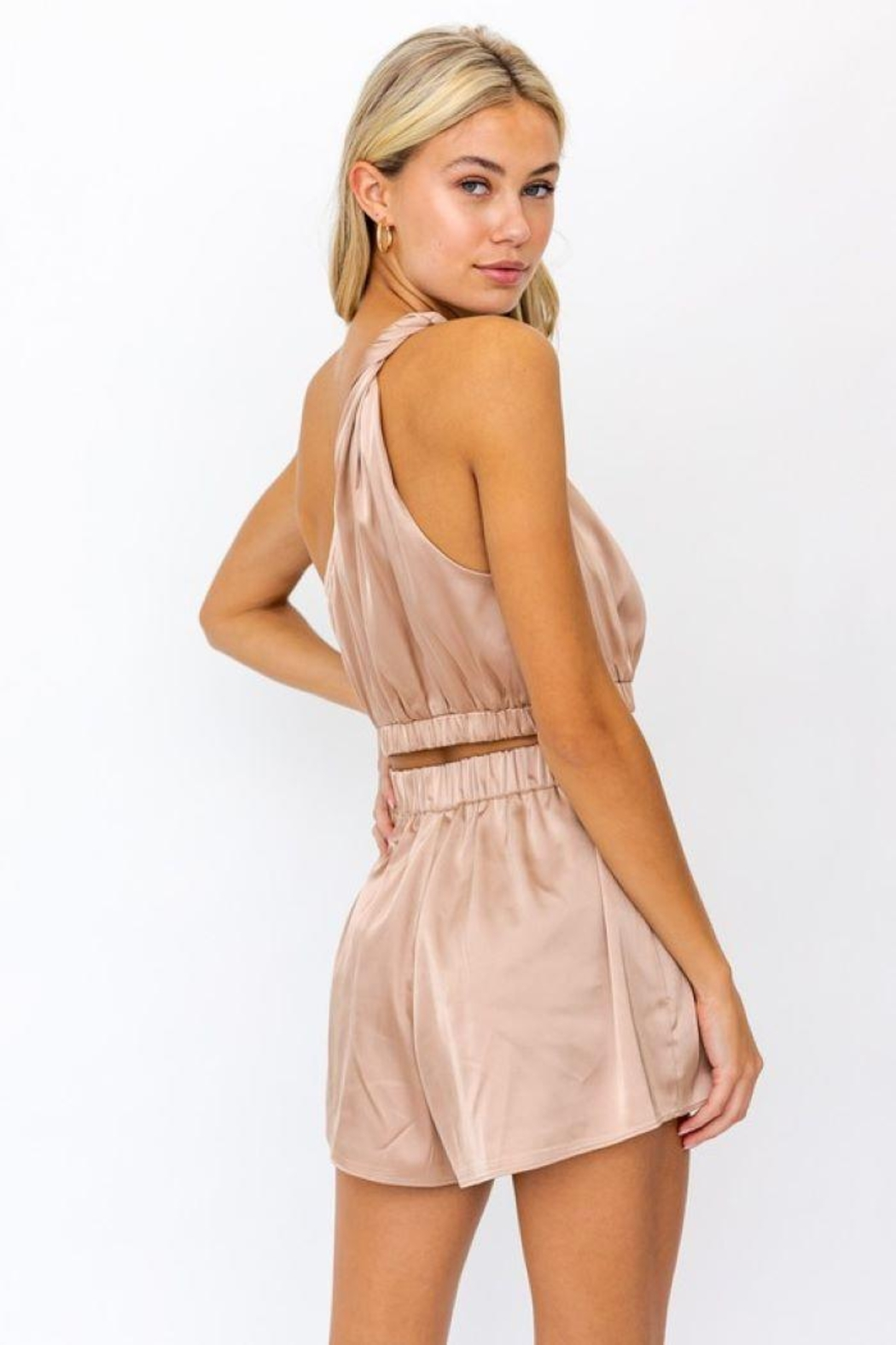 Le Lis One Shoulder Twisted Strap  Top - Side Cropped Image
