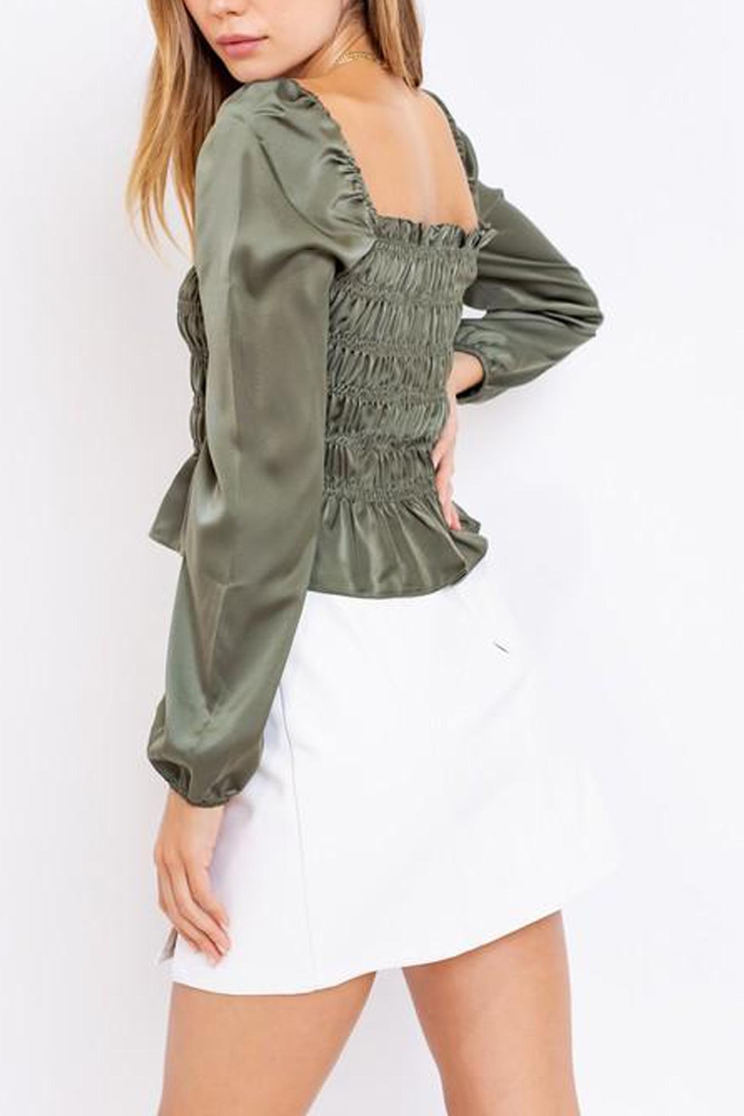 Le Lis Puff-Sleeve Square-Neck Top - Back Cropped Image