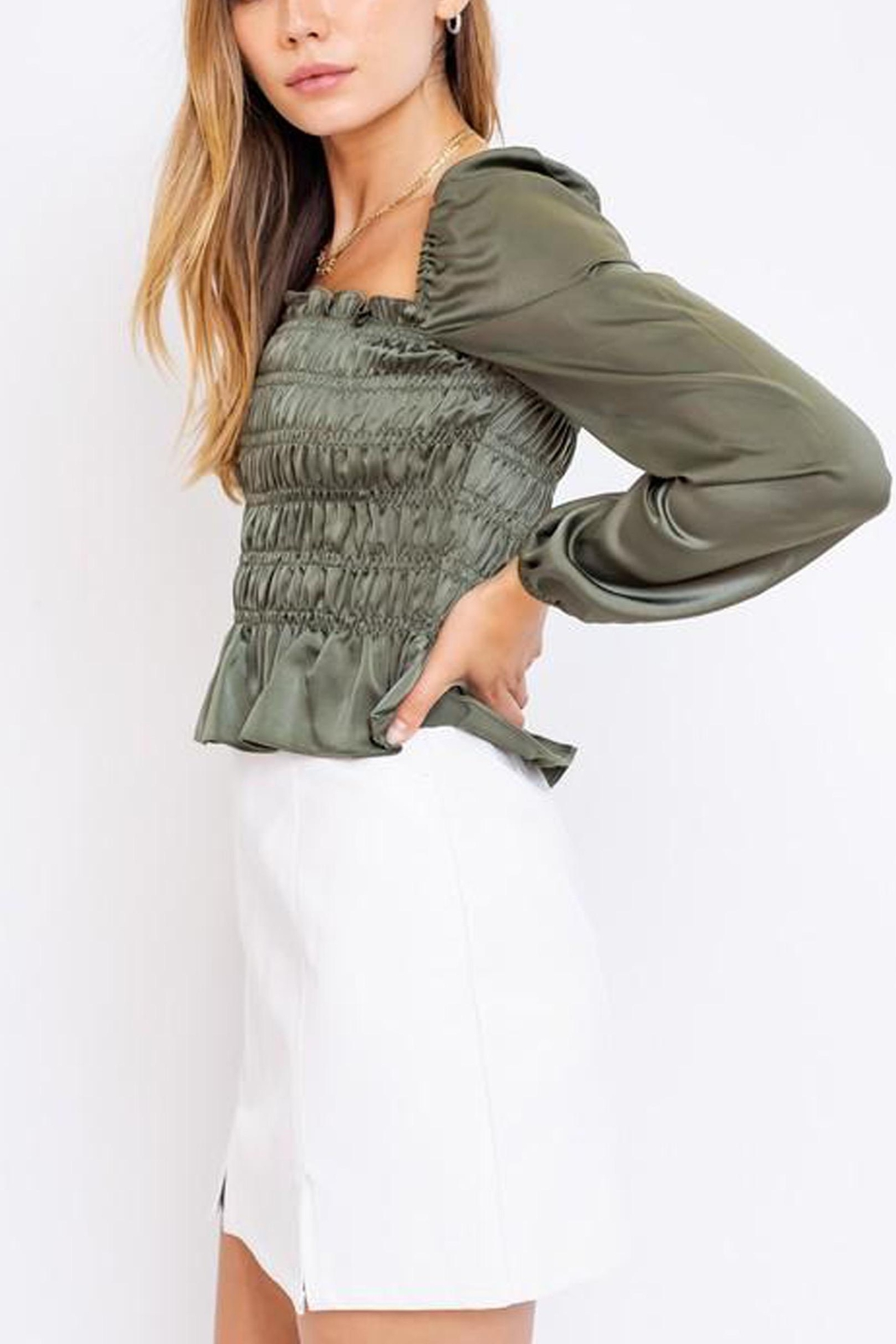 Le Lis Puff-Sleeve Square-Neck Top - Front Full Image