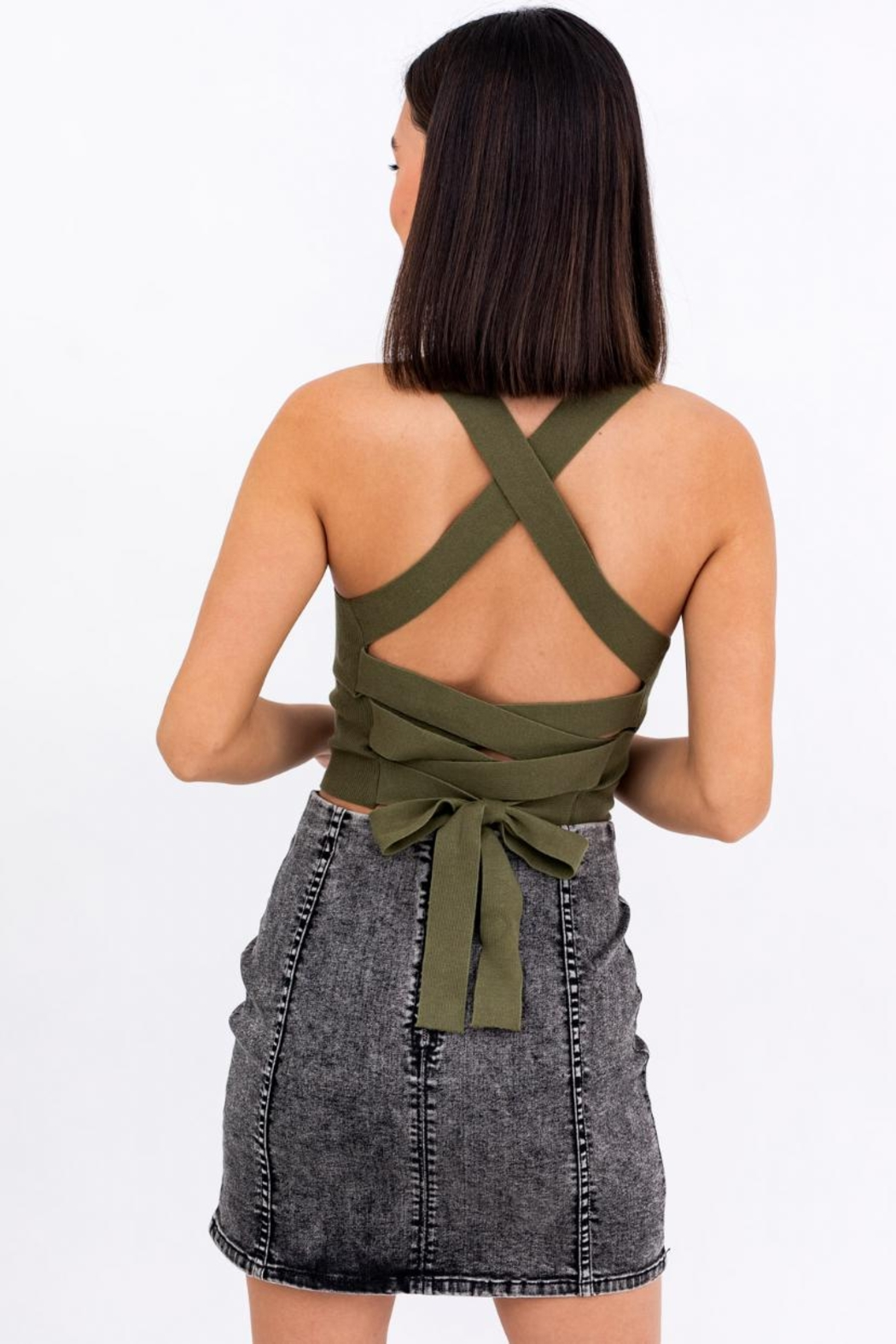 Le Lis Ribbed Crop Cami - Side Cropped Image