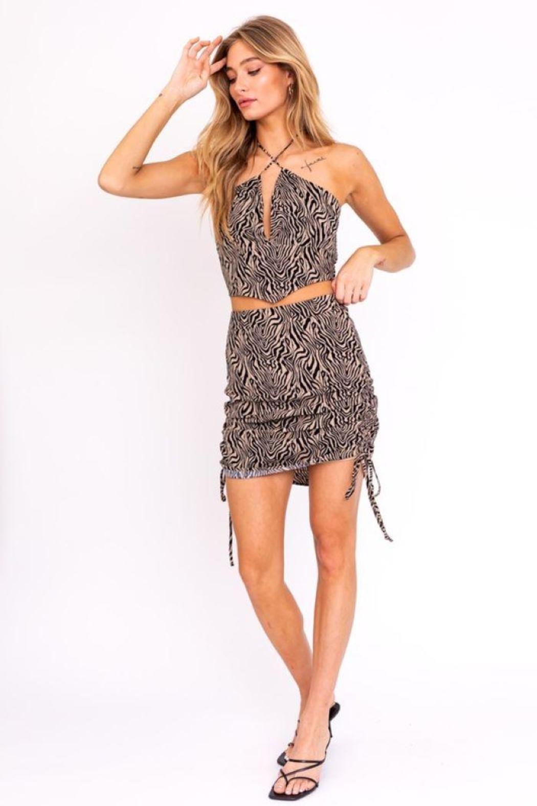 Le Lis Shirring Detail Spaghetti Halter Top - Side Cropped Image
