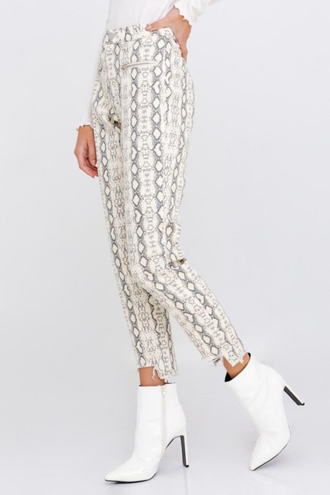 Le Lis Snake Distressed Pants - Front Full Image