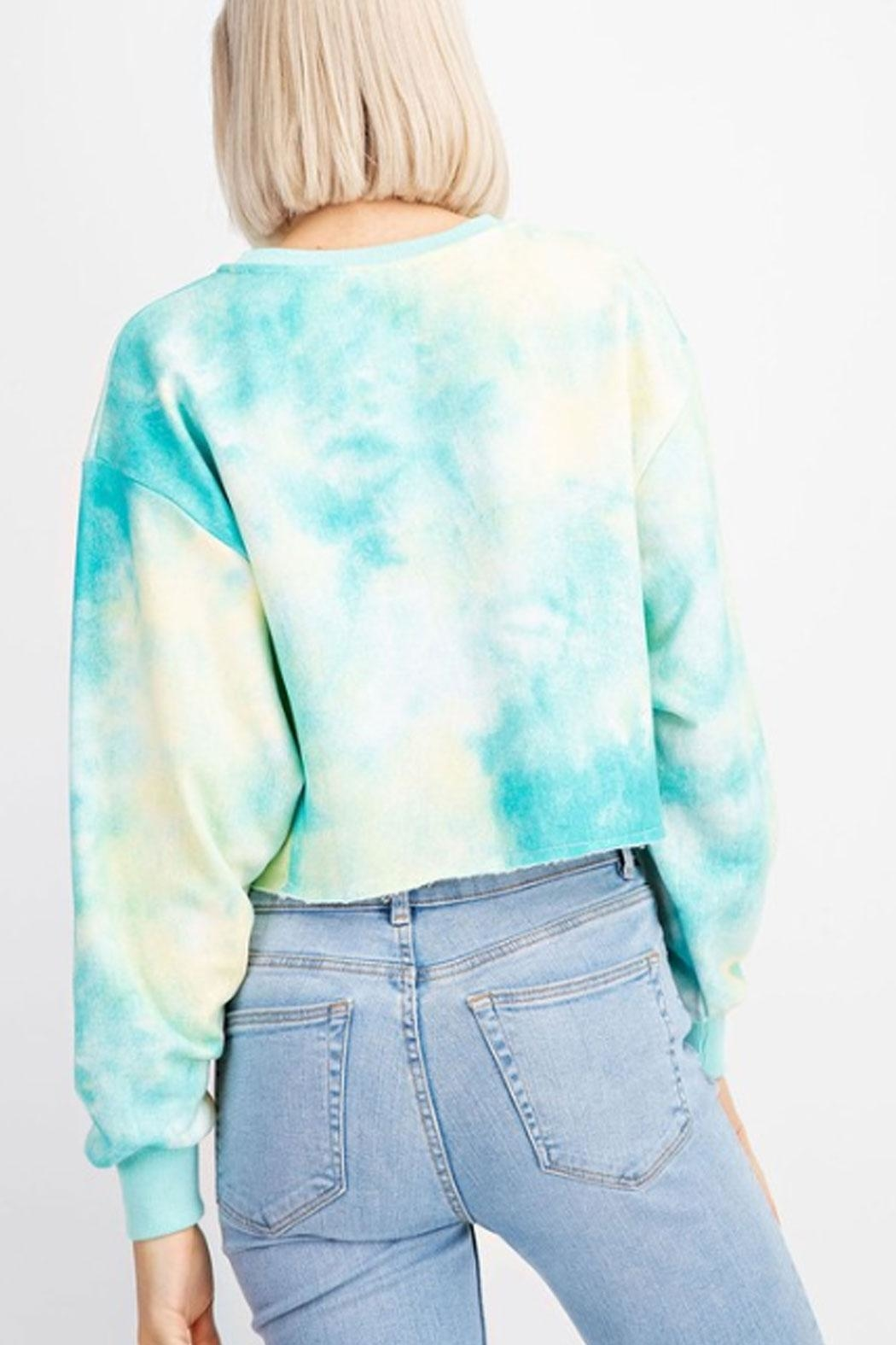 Le Lis Tie-Dye Cropped Sweater - Side Cropped Image