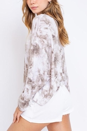 Le Lis Tie-Dye Oversized Pullover - Back cropped