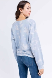Le Lis Tie-Dye Pullover - Front full body