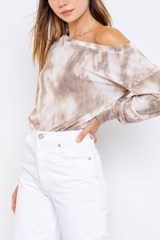 Le Lis Tie-Dye Slouchy Pullover - Front full body