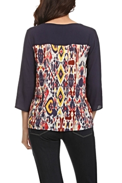 LE SAMPLE Crochet Print Blouse - Alternate List Image