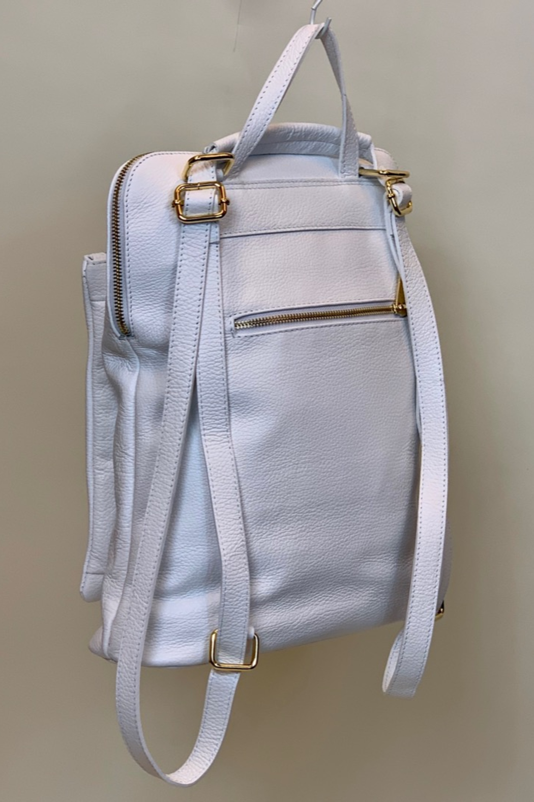 GERMAN FUENTES LEATHER BACK PACK - Side Cropped Image
