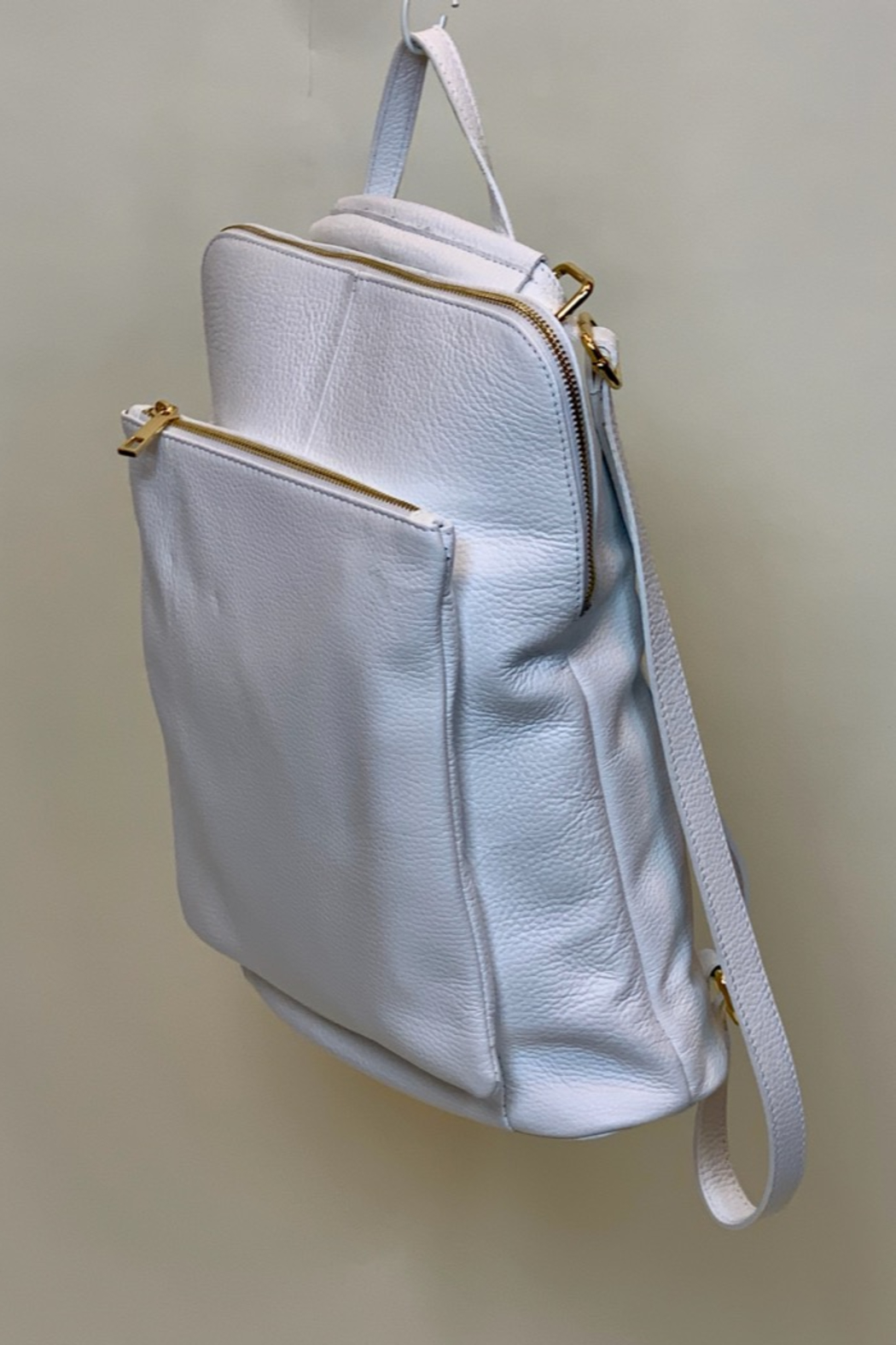 GERMAN FUENTES LEATHER BACK PACK - Front Full Image