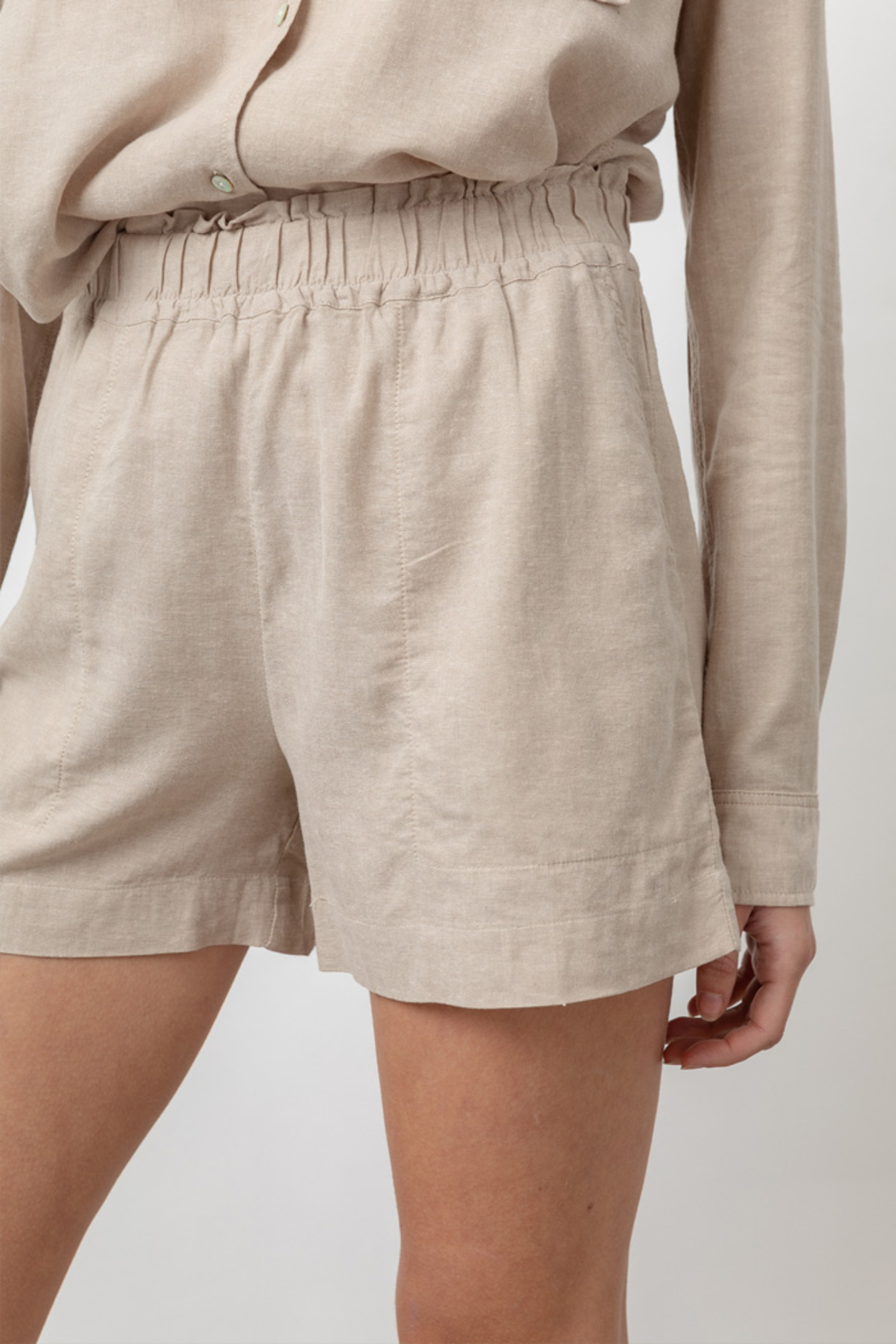 Rails Clothing LEIGHTON LINEN SHORT - Front Full Image