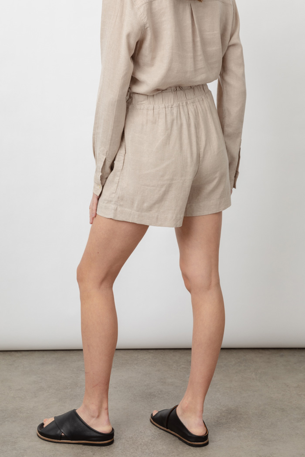 Rails Clothing LEIGHTON LINEN SHORT - Side Cropped Image