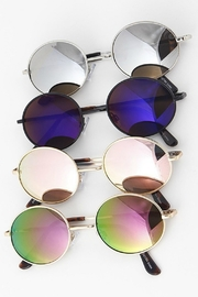 H & D Lennon Sunglasses - Product Mini Image