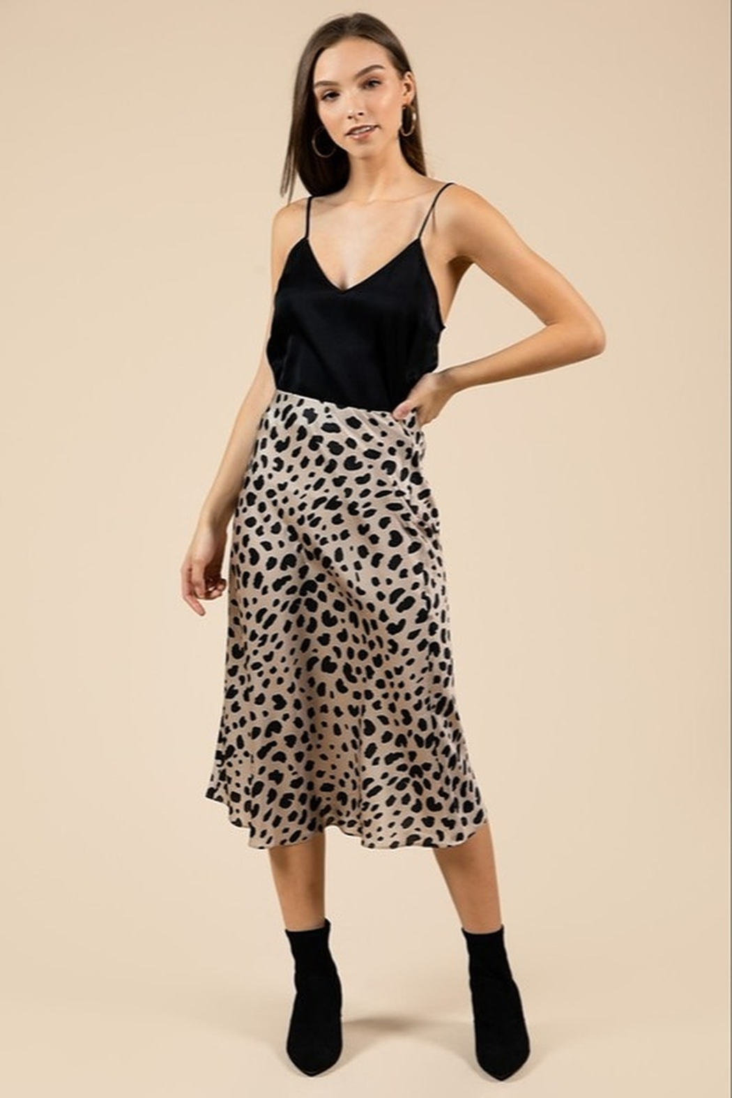 essue Lenny Midi Skirt - Front Cropped Image