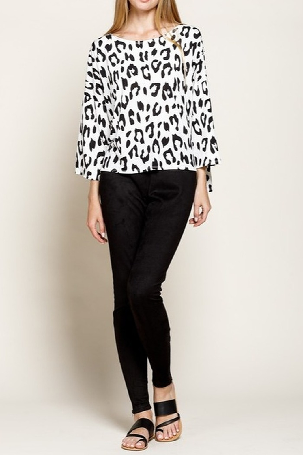 Mittoshop LEOPARD BOAT NECK 3/4 SLEEVES KNIT TOP - Back Cropped Image