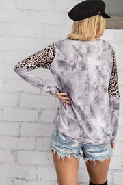143 Story Leopard Contrast Sleeve Tie Dye Top - Side cropped