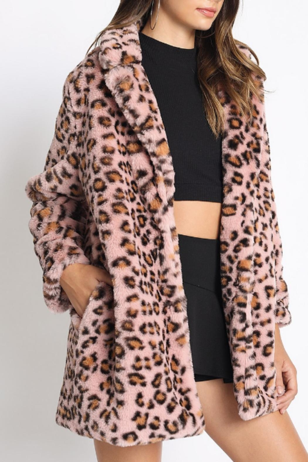 8d72bbc98ca0 a beauty Leopard Faux-Fur Coat from New York City by Dream On ...
