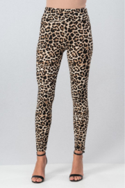 Trend Notes  Leopard Legging - Front cropped