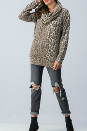 Trend:notes Leopard Long-Sleeve - Product Mini Image