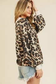 First Love LEOPARD LOVE - Side cropped