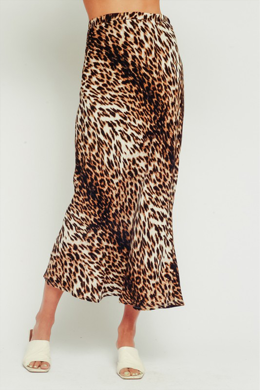 Olivaceous  Leopard Midi Skirt - Side Cropped Image