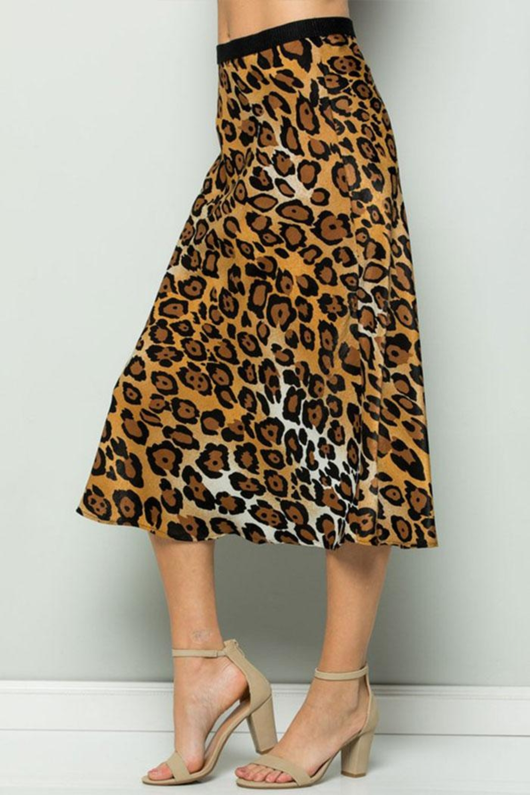 ee:some Leopard Midi Skirt - Back Cropped Image