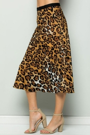 ee:some Leopard Midi Skirt - Back cropped