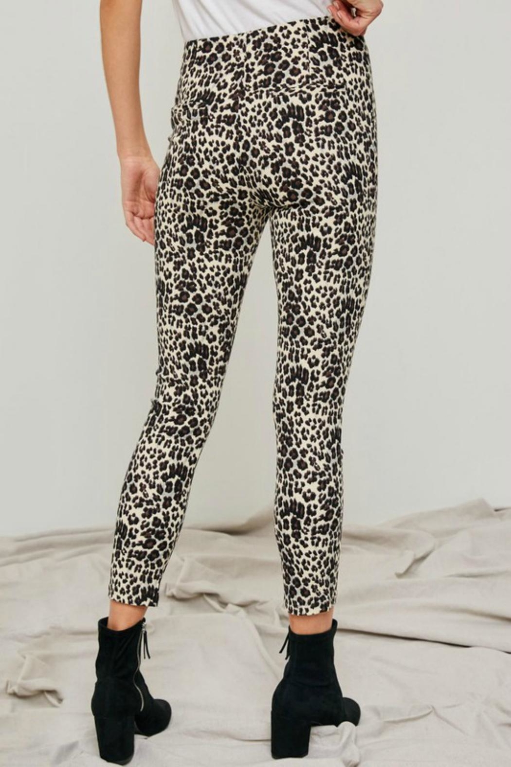 Pretty Little Things Leopard O-Ring Pants - Front Full Image