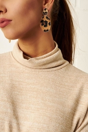frontrow Leopard Pendant Earrings - Product Mini Image