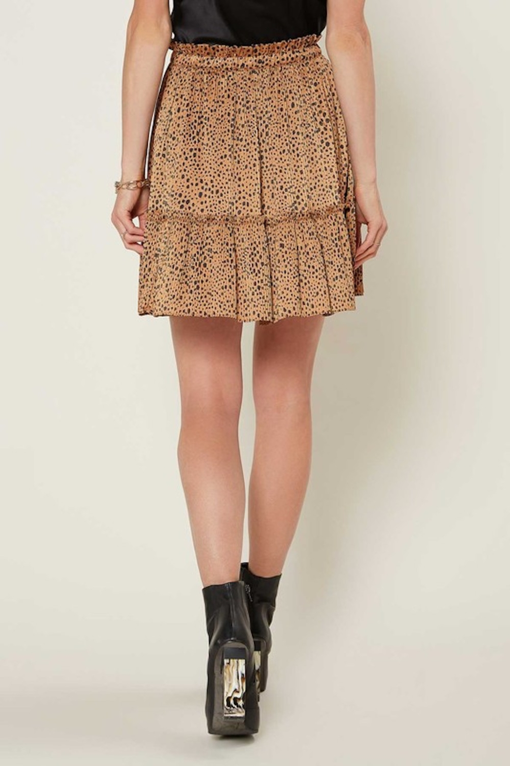 Current Air  Leopard Pleated Mini Skirt - Side Cropped Image