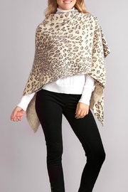 Simply Noelle Leopard Poncho Wrap - Side cropped